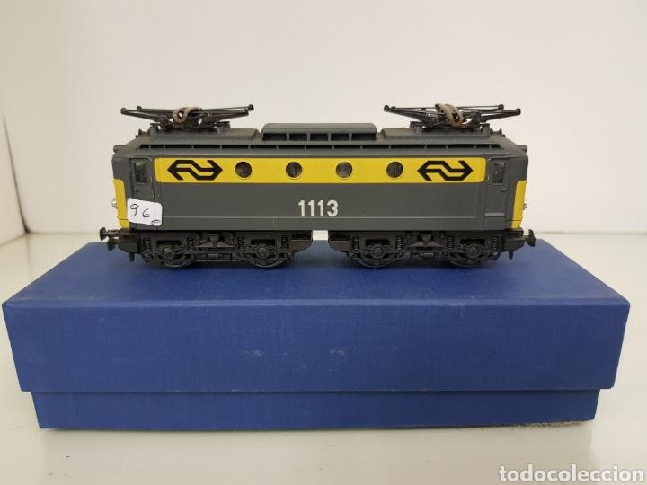 Trenes Escala: Rivarossi locomotora con pantografo 1113 amarillo y gris escala H0 corriente continua de 15 centímet - Foto 6 - 150077034