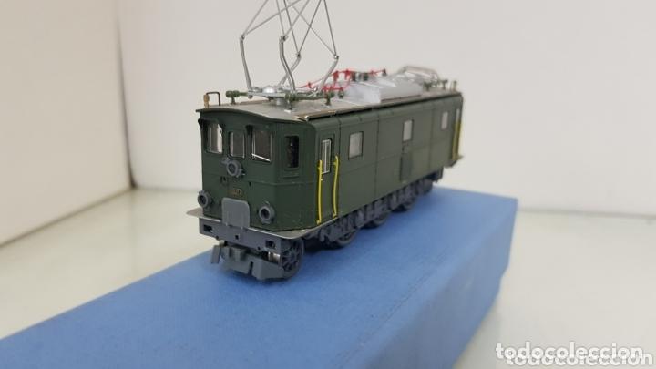 Trenes Escala: Locomotora 10217 de rivarossi le faltan dos topes y los enganches verde de 14 cm - Foto 3 - 181748125