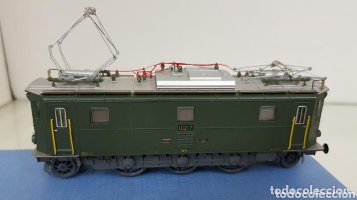 Trenes Escala: Locomotora 10217 de rivarossi le faltan dos topes y los enganches verde de 14 cm - Foto 4 - 181748125