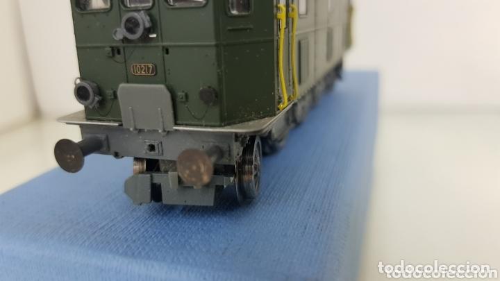 Trenes Escala: Locomotora 10217 de rivarossi le faltan dos topes y los enganches verde de 14 cm - Foto 5 - 181748125