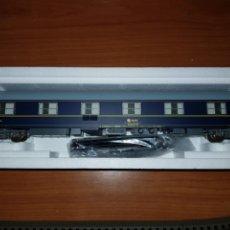 Trenes Escala: RIVAROSSI HO R3685 COCHE CAMAS RENFE T2. Lote 180995657