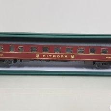 Trenes Escala: MICRO PARA VAGÓN ALEMÁN ESCALA H0 RIVAROSSI GRANATE CON DETALLES DORADOS DE 28 CM. Lote 194064780