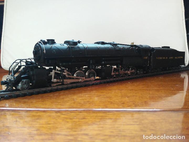 LOCOMOTORA 2-8-8-2 CL. Y6B (MALLET) NORFOLK & WESTERN PRÁCTICAMENTE NUEVA (Juguetes - Trenes a Escala H0 - Rivarossi H0)