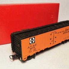 Trenes Escala: RIVAROSSI #2215. ESCALA H0. VAGÓN AMERICANO REFEER CAR ATSF 8175.. Lote 206414695