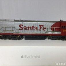 Trenes Escala: LOCOMOTORA RIVAROSSI SANTA FE H0. Lote 218244702