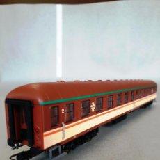 """Trenes Escala: RIVAROSSI. REF: 3582 COCHE X COLORES """"ESTRELLA"""". Lote 223137755"""