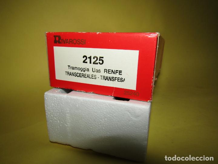 Trenes Escala: Antiguo Vagón Tolva TRANSCEREALES TRANSFESA Escala *H0* Ref. 2125 de RIVAROSSI - Foto 2 - 247701700