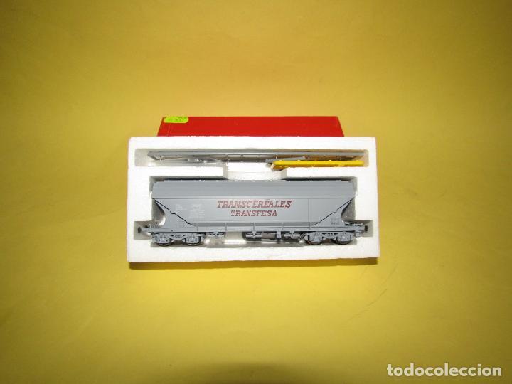 Trenes Escala: Antiguo Vagón Tolva TRANSCEREALES TRANSFESA Escala *H0* Ref. 2125 de RIVAROSSI - Foto 5 - 247701700
