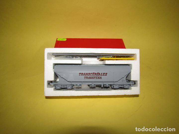 ANTIGUO VAGÓN TOLVA TRANSCEREALES TRANSFESA ESCALA *H0* REF. 2125 DE RIVAROSSI (Juguetes - Trenes a Escala H0 - Rivarossi H0)