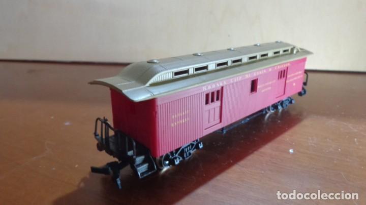 Trenes Escala: AHM RIVAROSSI - H0 - EQUIPAJE COCHE Kansan City, Saint Louis y Chicago. MUY BUENA CONDICION. - Foto 2 - 255022720