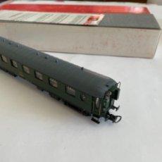 Trenes Escala: RIVAROSSI. HO REF 3565 RENFE COCHE BB.1-1102. Lote 267483154