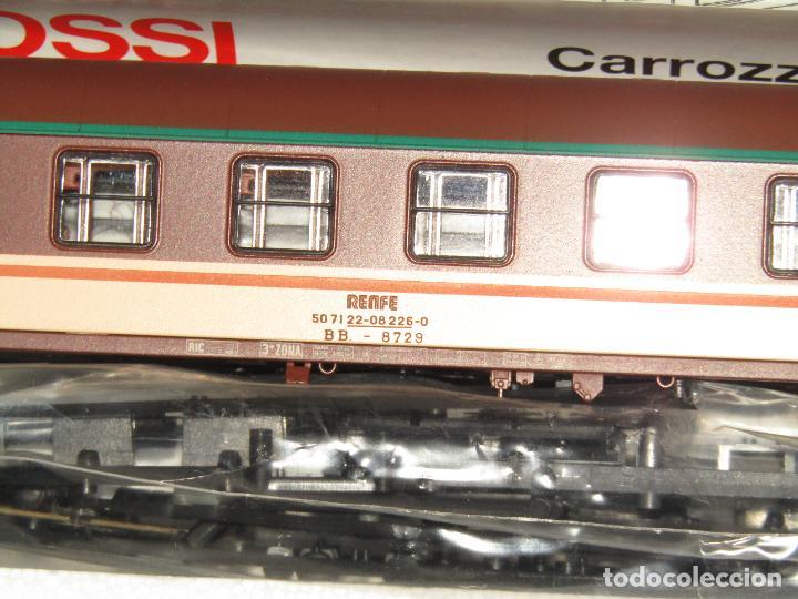 Trenes Escala: Coche de Pasajeros Estrella 2ª Clase RENFE en Escala *H0* Ref. 3582 de RIVAROSSI a Estrenar Todo - Foto 7 - 283972693