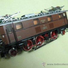 Trenes Escala: LOCOMOTORA ALEMAN ROCO PARA CA SISTEMA MARKLIN. Lote 26243726
