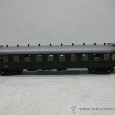 Trenes Escala: ROCO - VAGÓN DE PASAJEROS DE LA SNCF - ESCALA H0. Lote 33331505