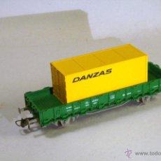 Trenes Escala: ROCO. ESCALA H0. VAGÓN BORDES BAJOS RENFE VERDE CON CONTAINER DANZAS. Lote 49433669