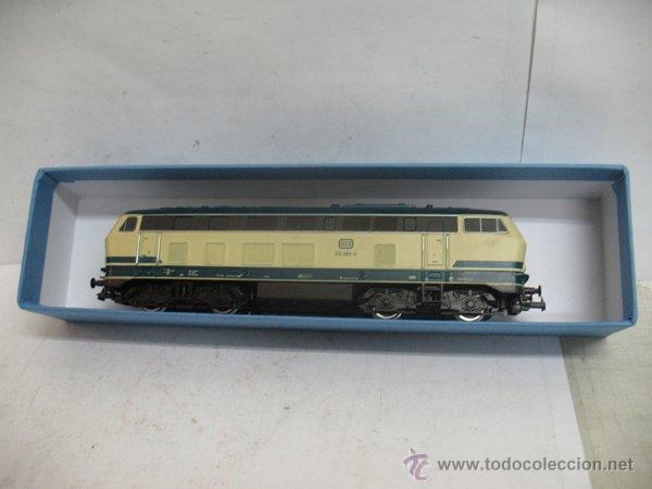 ROCO - LOCOMOTORA DIESEL DE CORRIENTE CONTINUA DE LA DB - ESCALA H0 (Juguetes - Trenes a Escala H0 - Roco H0)