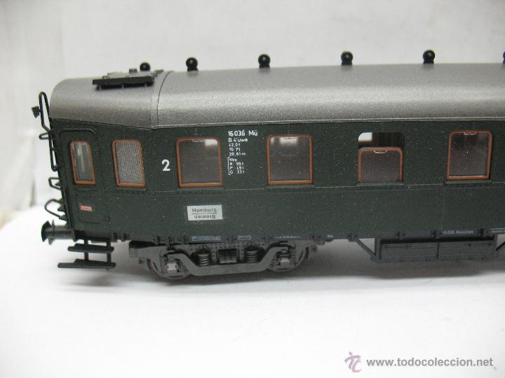Trenes Escala: Roco - Coche de pasajeros de la DB 16036 - Escala H0 - Foto 2 - 52533425