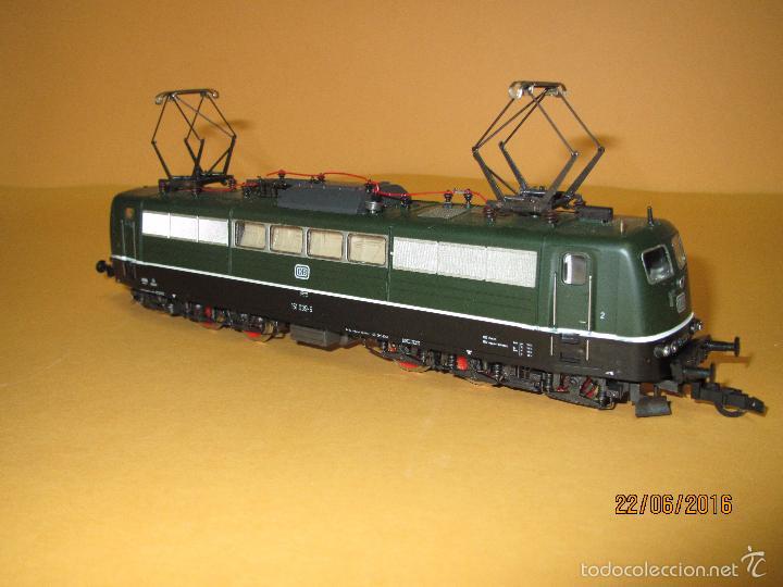 Trenes Escala: Descatalogada Locomotora Eléctrica BR 151 en Escala *H0* Corriente Continua de ROCO - Foto 9 - 57733867