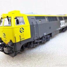 Trenes Escala: ROCO 68724 LOCOMOTORA RENFE 333 ALTERNA-DIGITAL.SONIDO. Lote 60690019
