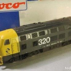 Trenes Escala: ROCO #63492. ESCALA H0. LOCOMOTORA DIESEL D320 RENFE. DIGITAL. CORRIENTE CONTÍNUA. Lote 75765507