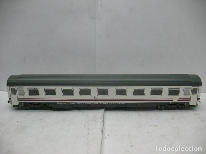 ROCO - COCHE DE PASAJEROS RENFE 51 71 10-78 014-8 - ESCALA H0 (Juguetes - Trenes a Escala H0 - Roco H0)