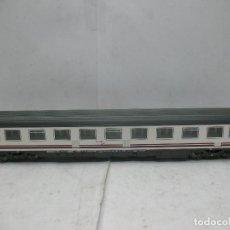 Roco - Coche de pasajeros renfe 51 71 10-78 014-8 - Escala H0