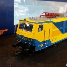 Trenes Escala: LOCOMOTORA ROCO RENFE 62410.RENFE 250 004-9. Lote 98194951