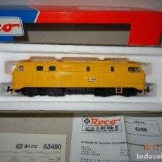 Trenes Escala: LOCOMOTORA ROCO ESCALA H0 1/87 REF 63490 LOCOMOTORA DIESEL BR 215 129-8 AMARILLA DE RENFE. Lote 103698559