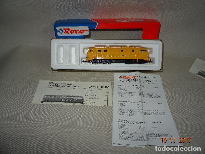 Trenes Escala: Locomotora Roco Escala H0 1/87 ref 63490 Locomotora Diesel BR 215 129-8 Amarilla de RENFE - Foto 2 - 103698559