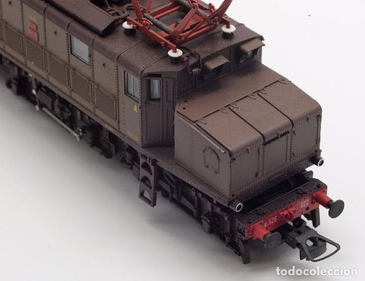 Trenes Escala: LOCOMOTORA ROCO 43501 - LOCOMOTORA ELECTRICA FS MODELO E 626 CASTANO ISABELLA - CORRIENTE CONTINUA - Foto 5 - 103752667