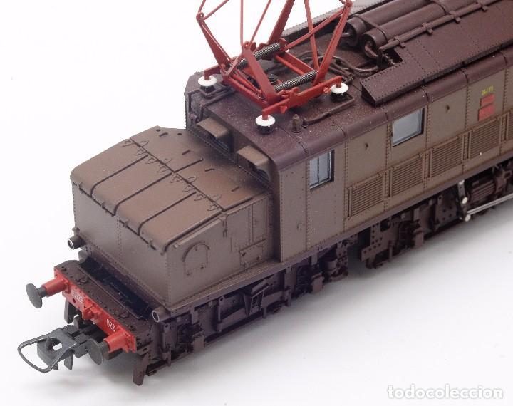 Trenes Escala: LOCOMOTORA ROCO 43501 - LOCOMOTORA ELECTRICA FS MODELO E 626 CASTANO ISABELLA - CORRIENTE CONTINUA - Foto 6 - 103752667