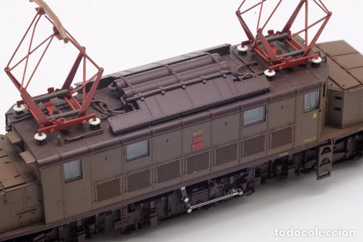 Trenes Escala: LOCOMOTORA ROCO 43501 - LOCOMOTORA ELECTRICA FS MODELO E 626 CASTANO ISABELLA - CORRIENTE CONTINUA - Foto 8 - 103752667