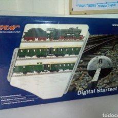Trenes Escala: NUEVO O COMO NUEVO, SET DIGITAL STARTSET ROCO 41279 ESCALA H0 2027 SET LOCOMOTORA ALEMANA. Lote 104309376