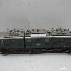 Trenes Escala: ROCO - LOCOMOTORA ELÉCTRICA E9107 CORRIENTE CONTINUA - ESCALA H0. Lote 108816987
