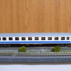 Trenes Escala: ROCO H0 COCHE DE VIAJEROS 1ª CLASE, SERIE A10X - 12100, DE RENFE, REFERENCIA 44758 . Lote 112177495
