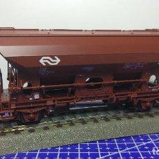 Trenes Escala: ROCO 46425 VAGÓN DE AUTODESCARGA CON TECHO CERRADO DE LA NS. Lote 112823819