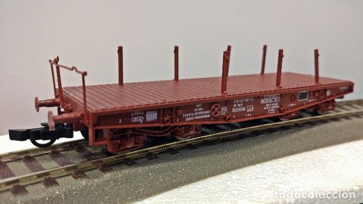 Usado, ROCO 46387 Vagón militar plataforma corta de la SNCF segunda mano