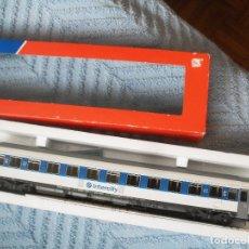 Trenes Escala: VAGON RENFE INTERCITY ROCO H0 44372. Lote 114527067