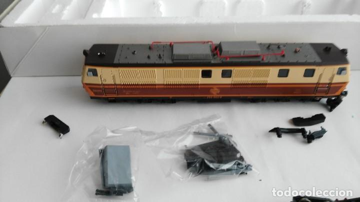 Trenes Escala: ANTIGUA LOCOMOTORA MARCA ROCO DE RENFE 62757 - Foto 16 - 121963335
