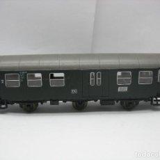 Trenes Escala: ROCO - COCHE DE PASAJEROS DE LA DB 99 782 - ESCALA H0. Lote 131172456