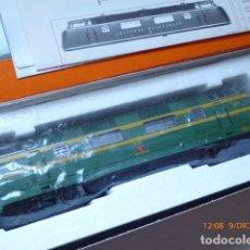 Trenes Escala: LOCOMOTORA ROCO DIESEL , HO, RENFE 4025, REF, 43583, SIN USAR,. Lote 153371042