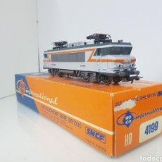 Trenes Escala: ROPA INTERNACIONAL 4199 DE LA SNCF FRANCESA ESCALA H0 CORRIENTE CONTINUA 21 CM. Lote 155922112