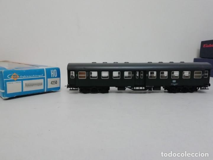 ROCO H0 4250 VAGÓN PASAJEROS SEGUNDA CLASE NUEVO A ESTRENAR NEW OVP (Juguetes - Trenes a Escala H0 - Roco H0)
