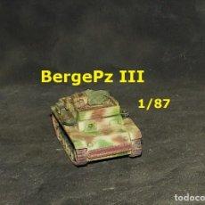 Trenes Escala: BERGEPANZER III , 1/87 ROCO MODIFICADO. Lote 171490603