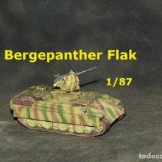 Trenes Escala: BERGEPANTHER FLAK, 1/87. Lote 171492087