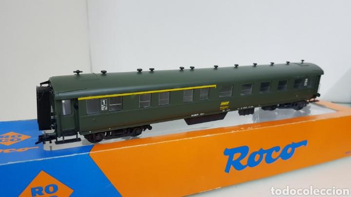 Trenes Escala: Roco 444633 vagón de la SNCF francesa segunda clase y primera 27 cm escala H0 corriente continua - Foto 3 - 180103136