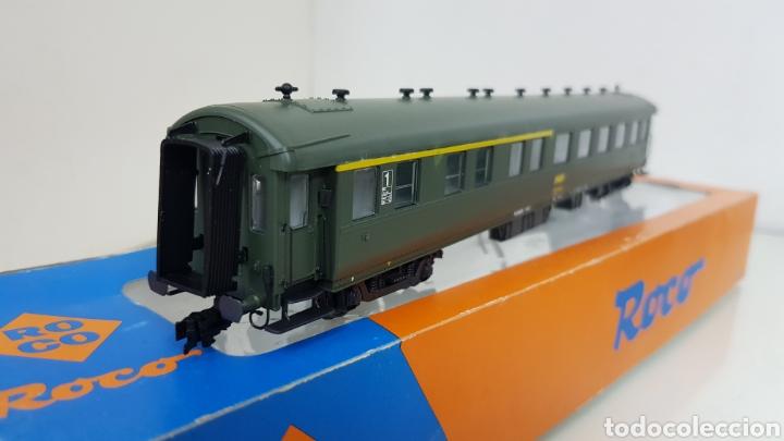 Trenes Escala: Roco 444633 vagón de la SNCF francesa segunda clase y primera 27 cm escala H0 corriente continua - Foto 4 - 180103136