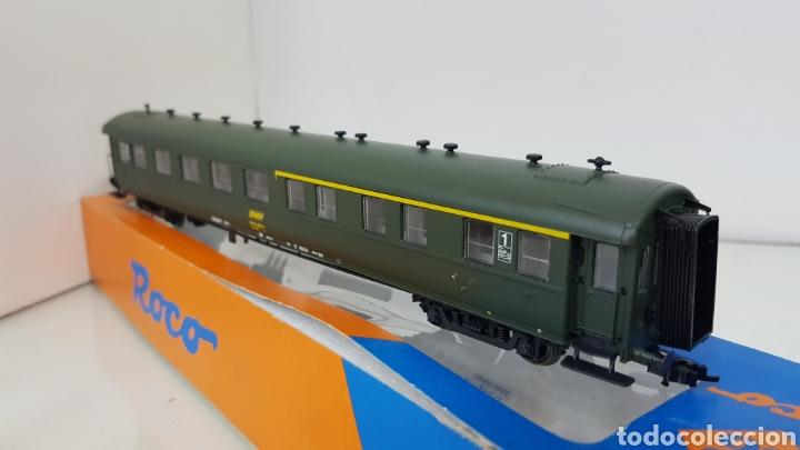 Trenes Escala: Roco 444633 vagón de la SNCF francesa segunda clase y primera 27 cm escala H0 corriente continua - Foto 5 - 180103136