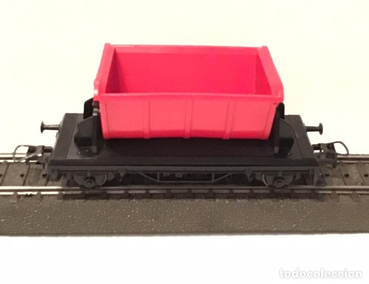 Trenes Escala: JIFFY VENDE 5 VAGONES ROCO H0: DOS DE RENFE, UNA TOLVA, UNO DE CONTENEDOR Y UNO DE BORDES ALTOS - Foto 3 - 182318818