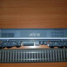 Trenes Escala: ROCO HO LOCOMOTORA AVE 319 DIGITAL. Lote 182821053